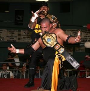 Eddie_Kingston_and_Homicide_-_JAPW_2012